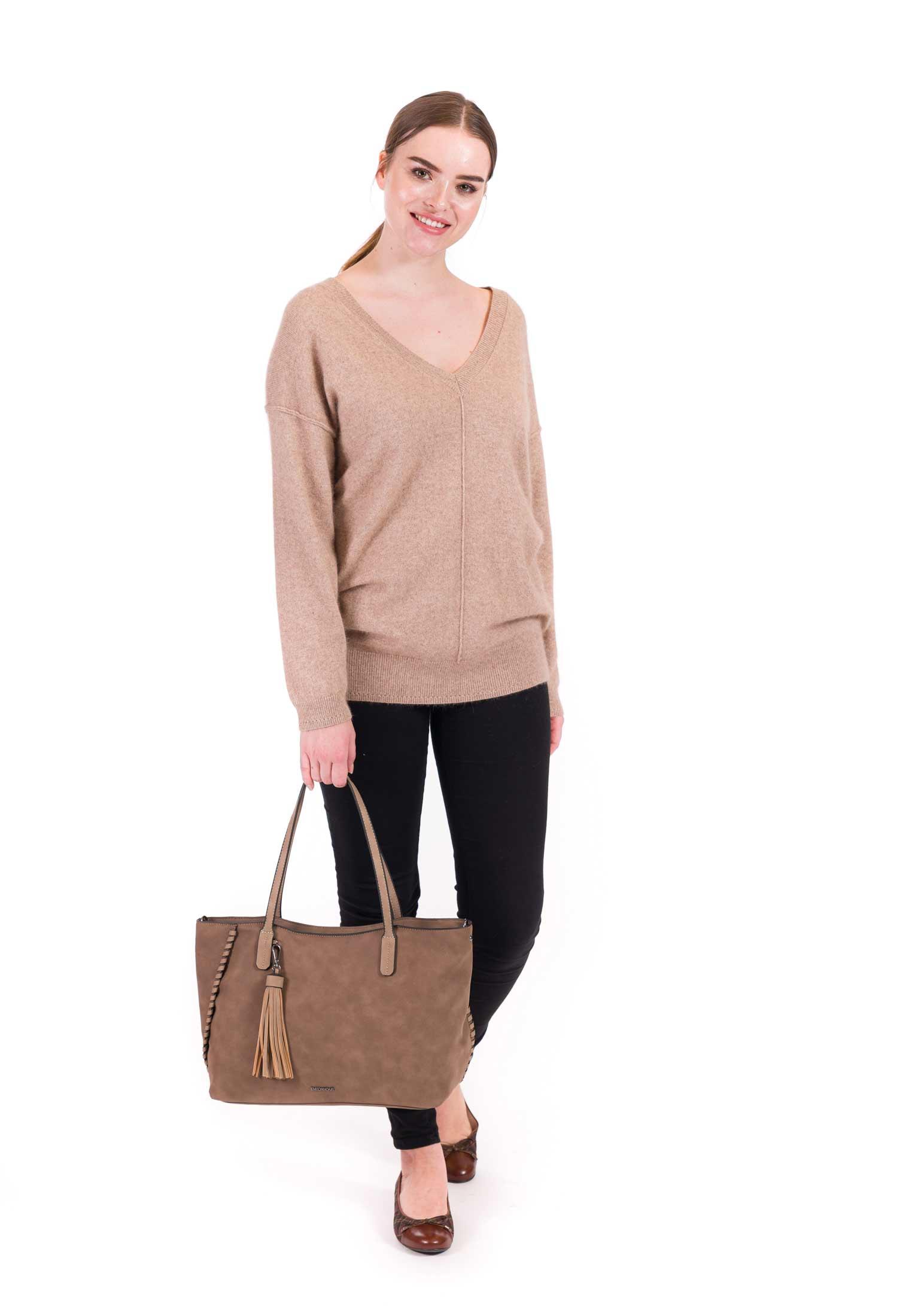 Shopper Sandra